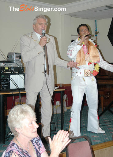 All shook up mayor of swanley kent barry wigg and he new all the